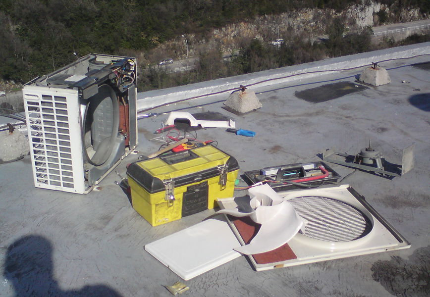 Servis i održavanje klima uređaja