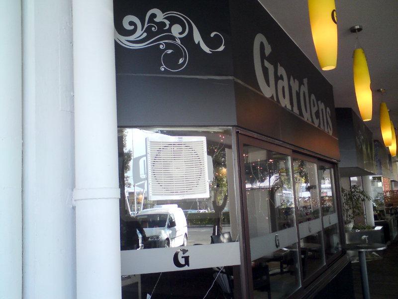 izrada-montaza-ugradnja-Ventilacija-u-kafićima-pušenje-zakon-caffe-barovima-R-M-FRIGO-restorana-Rijeka